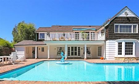 Jason Bateman's House in Beverly Hills