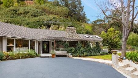 Amy Smart's former Beverly Hills mansion