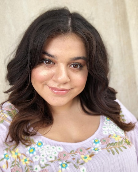 Mayan Lopez is famous as George Lopez's daughter