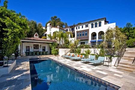 Hilary Swank's Pacific Palisades'Mediterranean-style house