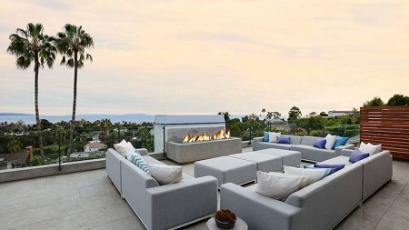 Frank Grillo along with his now ex-wifeWendy Moniz house in Pacific Palisades