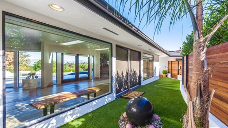Katie Cassidy sold her Los Angeles house for $1.835 million