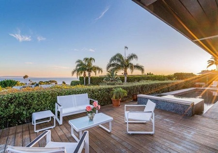 Mary McDonnell's former house in Pacific Palisades