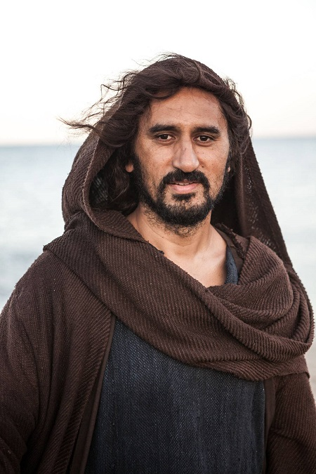 Cliff Curtis started acting career in 1991