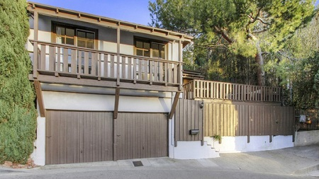 Eddie Kaye Thomas' former  Hollywood Hills home