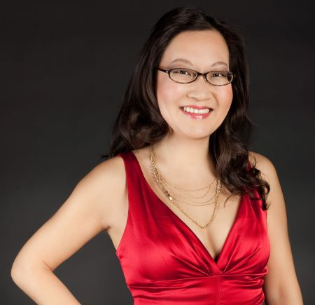 American Comedian Helen Hong