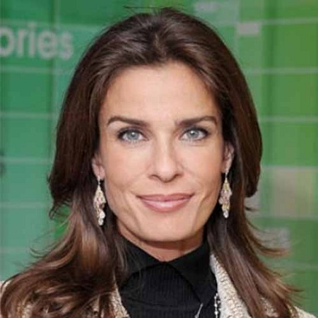 Kristian Alfonso is an actor, fashion model, and former skater