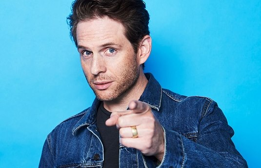Glenn Howerton-Net Worth, Professional Life, Wife, Age, Movies, Family