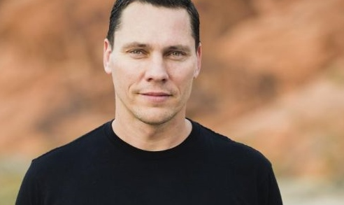 Tiësto-Net Worth, Professional Life, Age, Wife, Married, Girlfriend