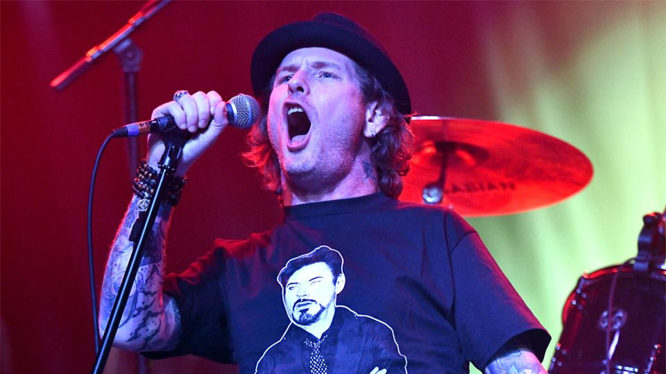 Corey Taylor-Songs, Wiki, Albums, Wife, Series, Net Worth, Age, Kids, Height